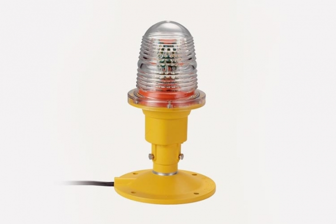 helipad warning light to guide pilots when landing to avoid obstructions
