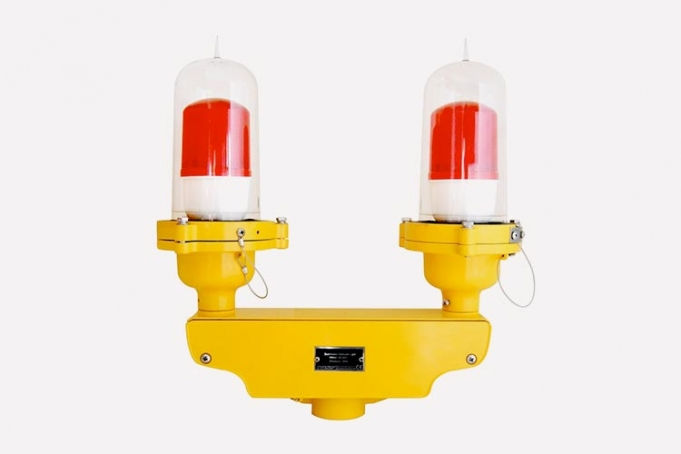 Delta WL75 aviation obstruction lights and a die cast aluminum