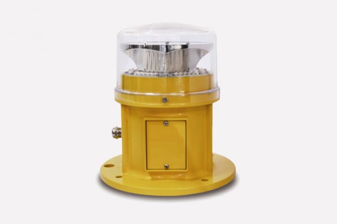 low intensity obstruction light for aviation warning